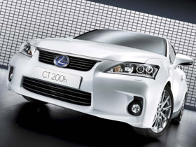 Lexus CT200h
