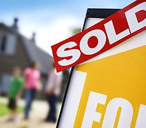 New home sales rose 9.6% from June to July, according to the Commerce Department. (© Simon Jarratt/Corbis)