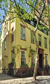 The Brooklyn mansion where author Truman Capote once lived is on the market for $18 million. (© VHT)