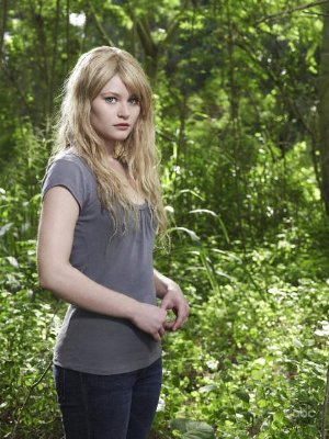 Emilie de Ravin gets found on